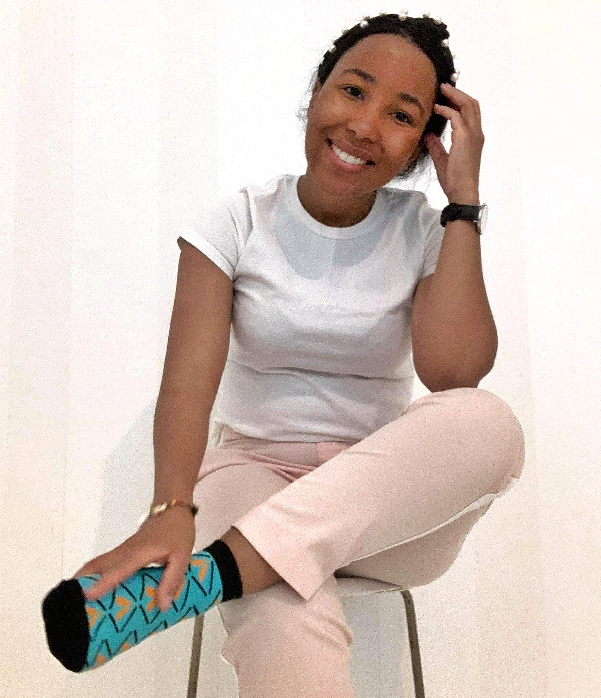 aicha black woman traveling minimalist