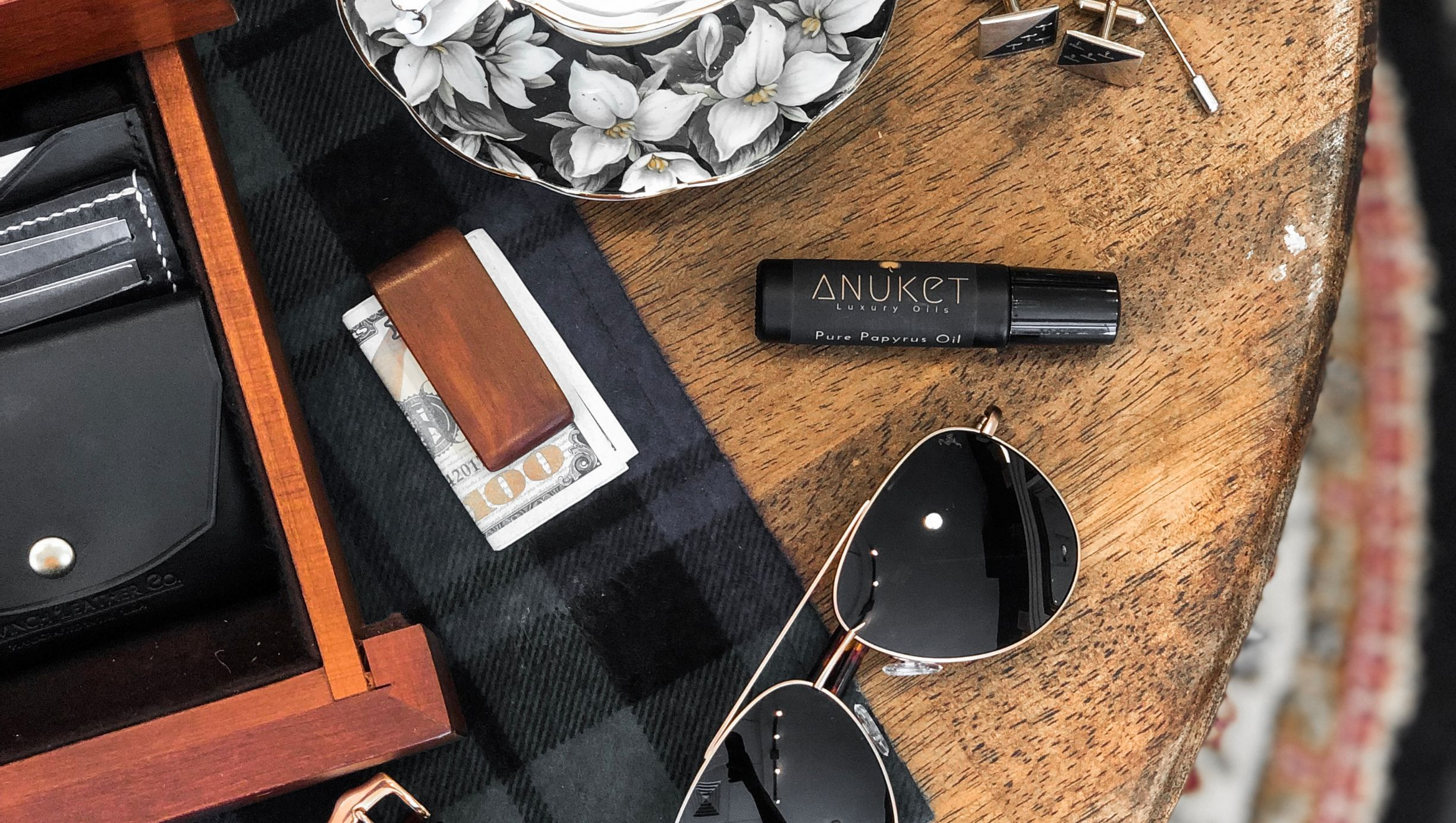 Anuket long-lasting papyrus oil cologne bottle in cigar box with cufflinks and other men's accessories