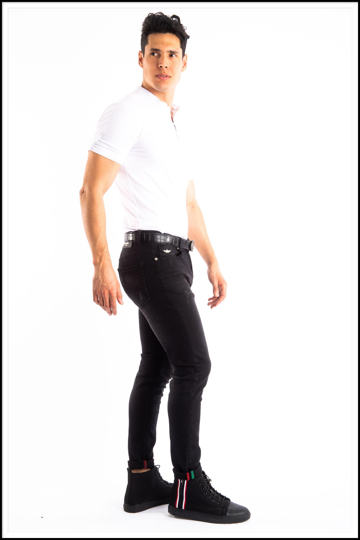 pierce jeans