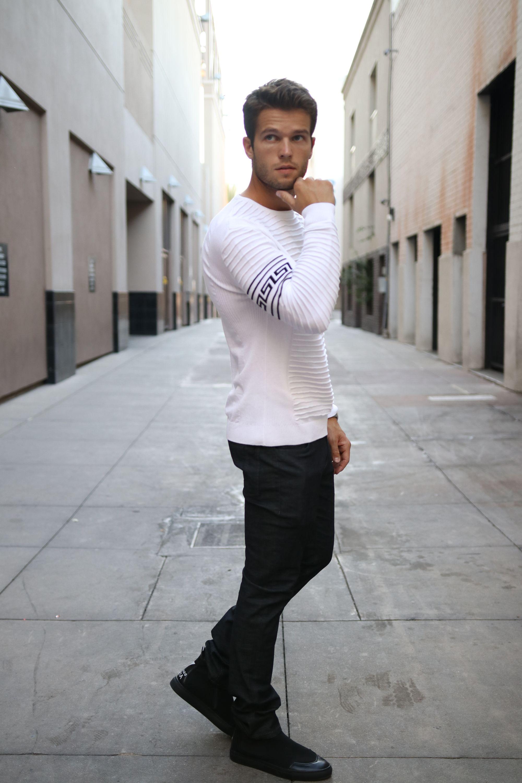 white full sleeve sweater