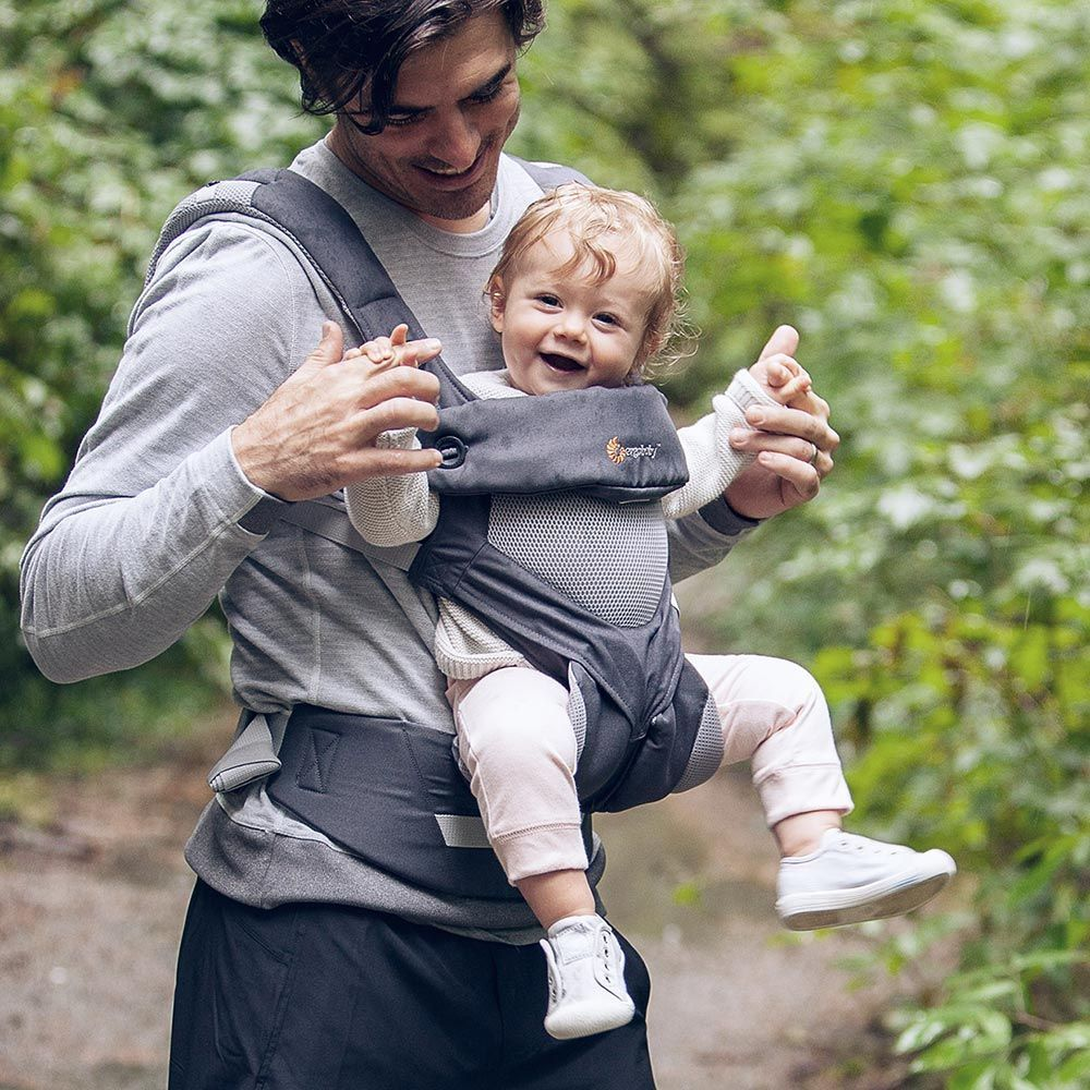 ergobaby 360 baby wearing carrier