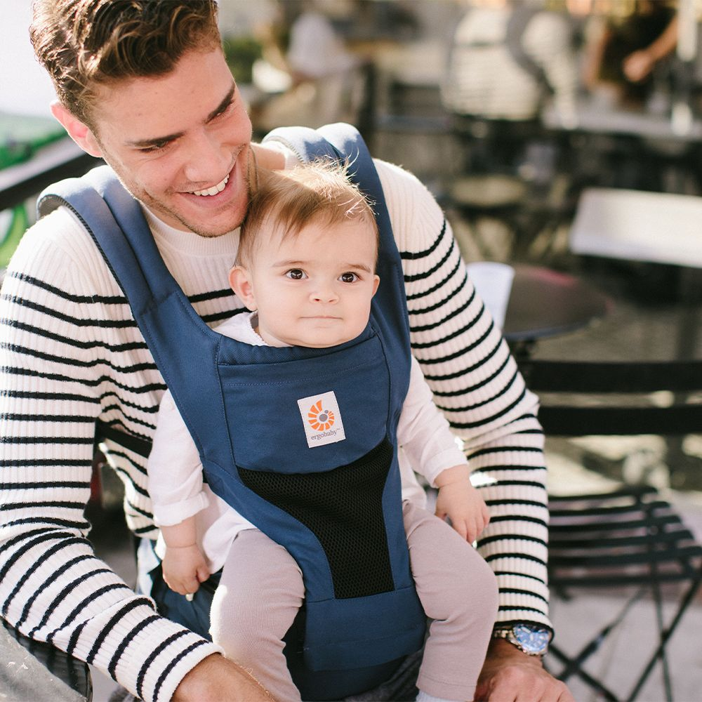ergobaby hip seat baby wearing carrier