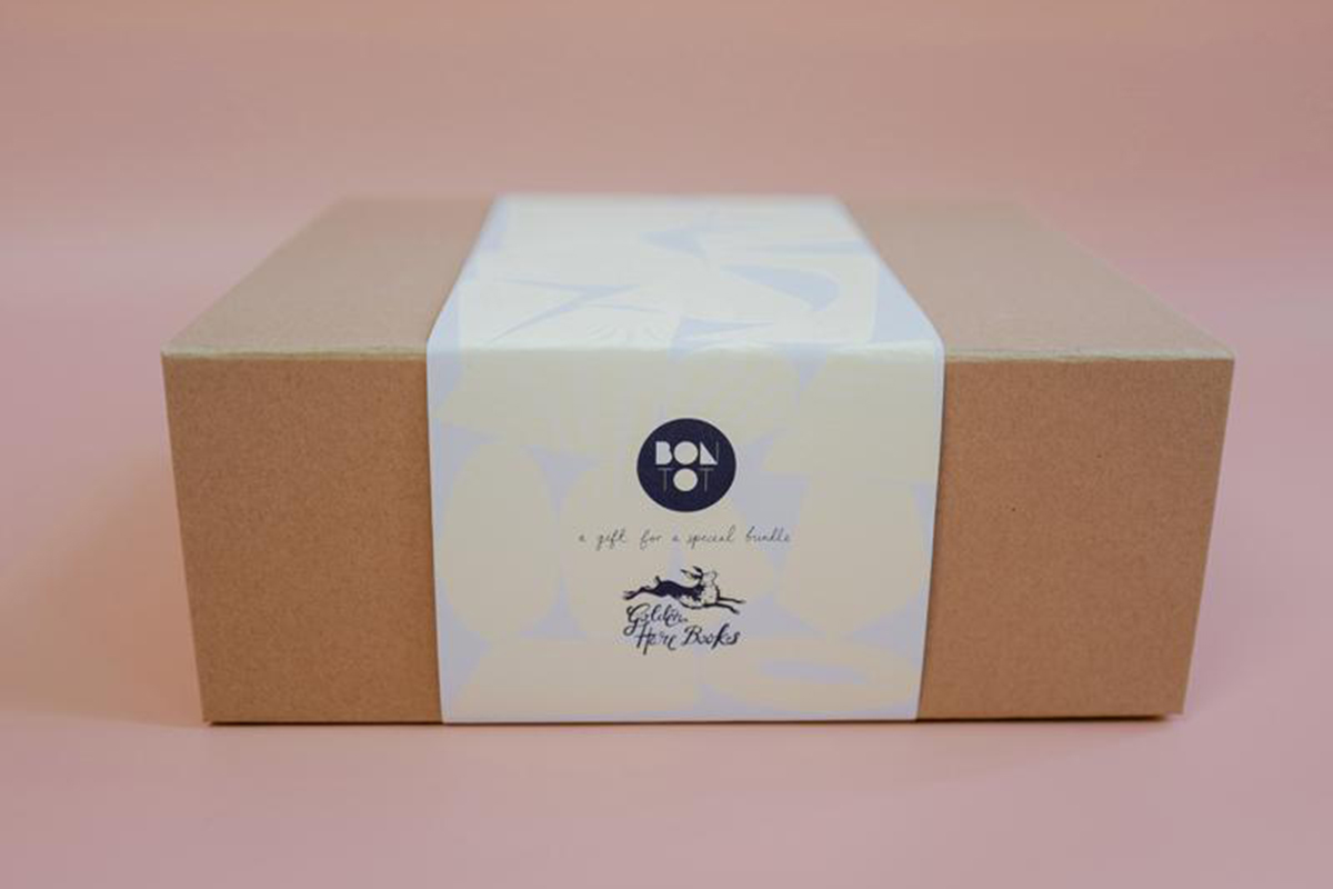 Newborn Gift Box - Hello baby