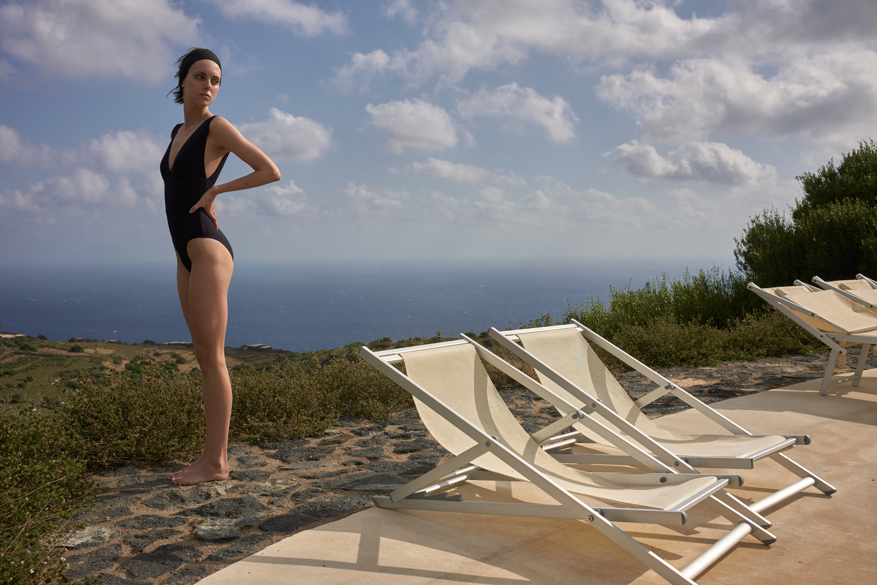 BONDI BORN Resort 20 Knots Collection uses soft, luxury Italian Lycra that is sustainably produced. Then expertly crafted in Australia.