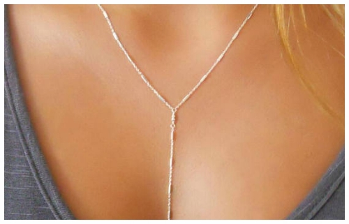 V-Shaped Necklaces for a Round Face