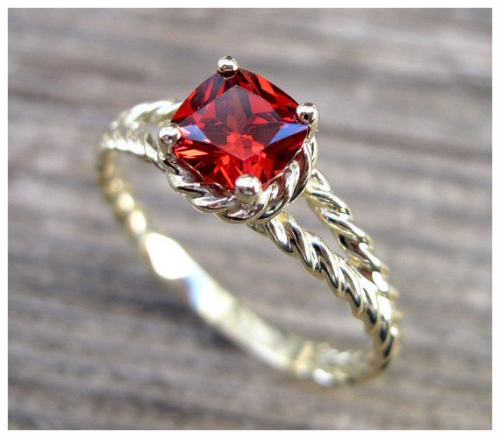 Nature-Inspired Gold Ruby Ring