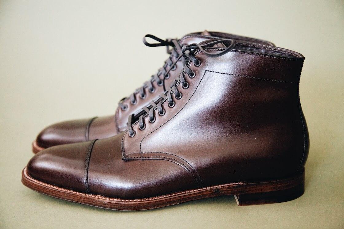 alden dress boots in dark brown calfskin