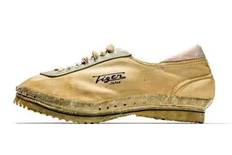 the 1960 onitsuka tiger magic runner shoes
