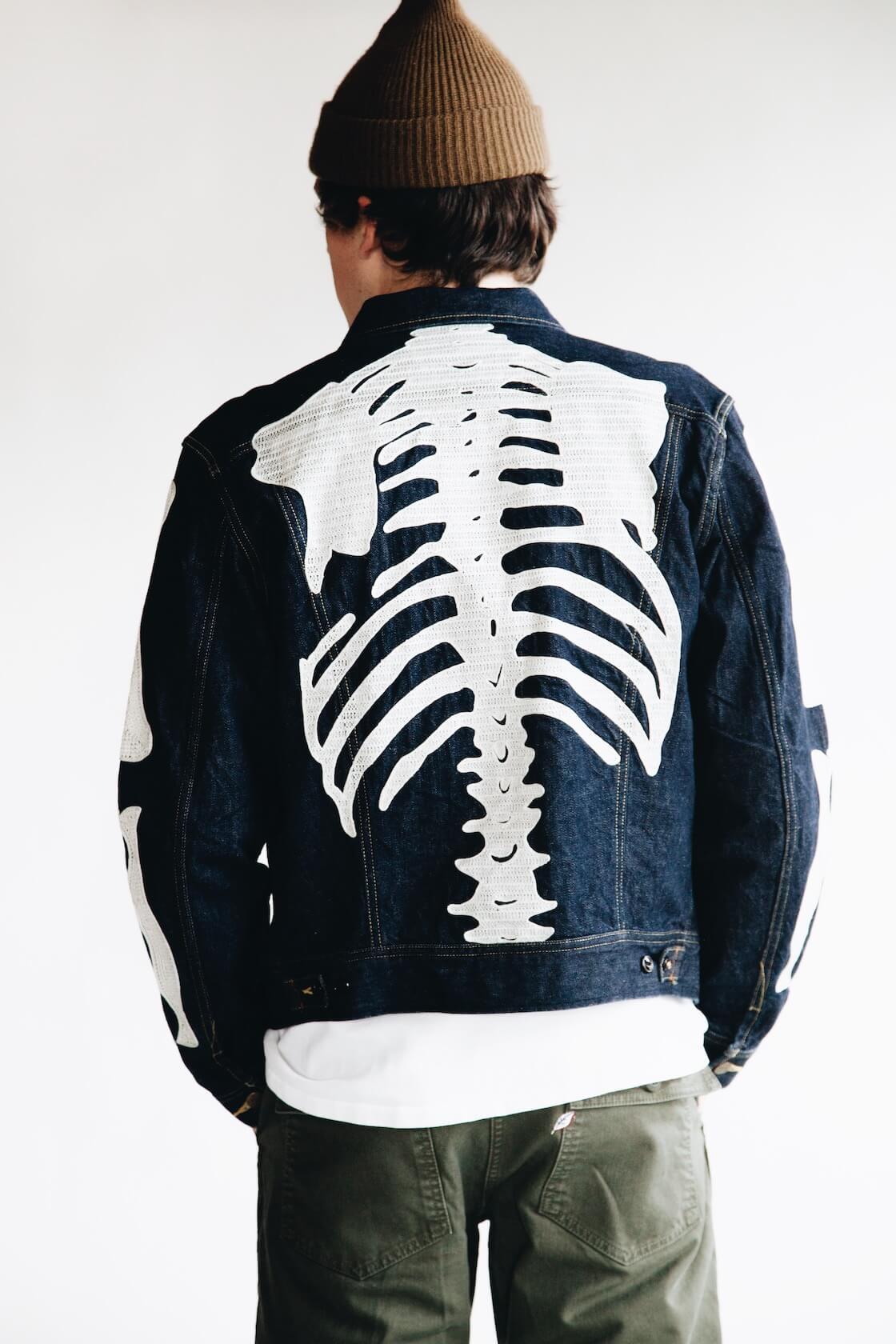 kapital kountry 11.5oz denim westerner (bone) and pure blue japan military pants on body