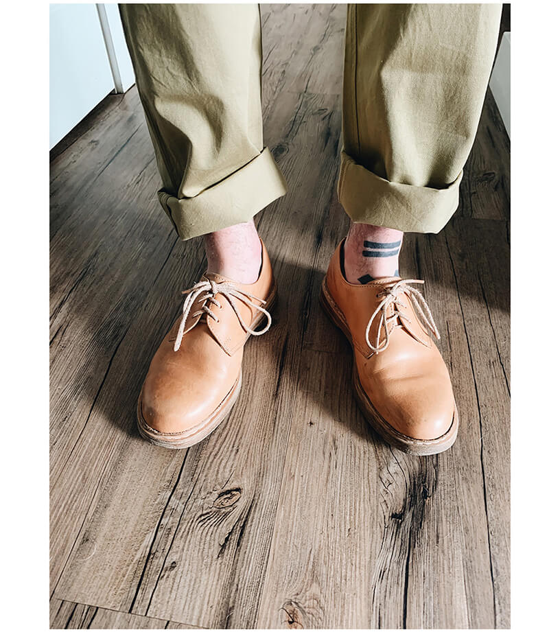 orslow slim fit army trousers and hender scheme mip 21 shoes on body