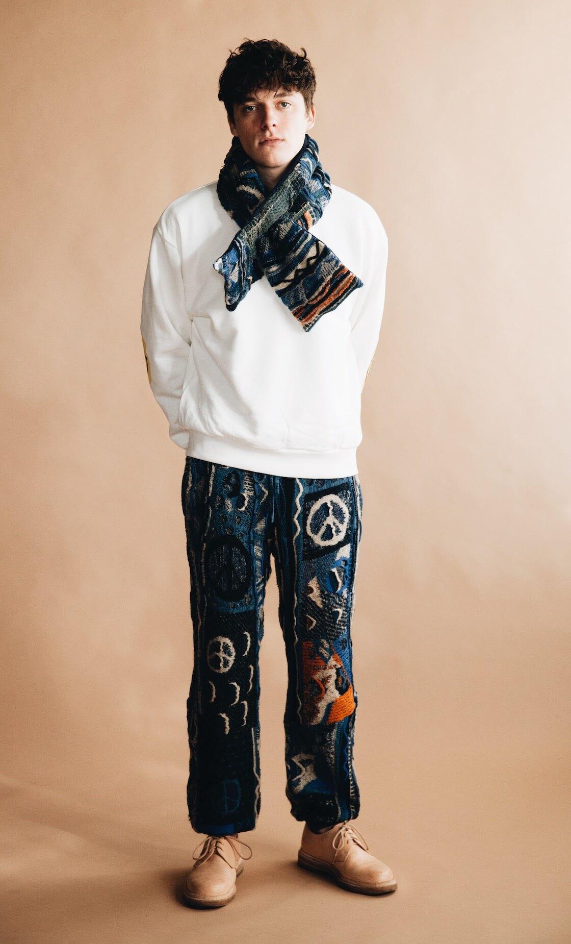kapital eco jersey (smilie elbow) sweatshirt, 7g knit boro gaudy pants, boro gaudy knit kesa scarf, and hender scheme mip 21 shoes on body