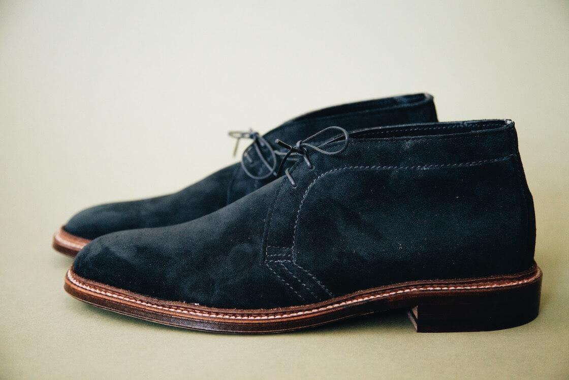 alden chukka boots in black snuff suede