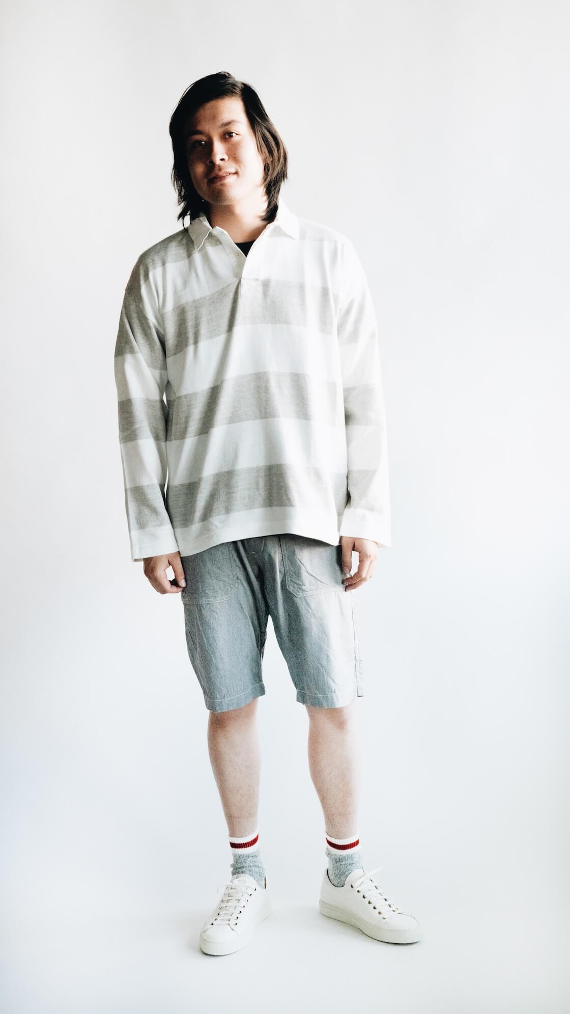 tss extra soft border stripe rugby shirt, tss slub denim fatigue shorts, anonymousIsm 3 line slub socks and buttero classic sneakers on body
