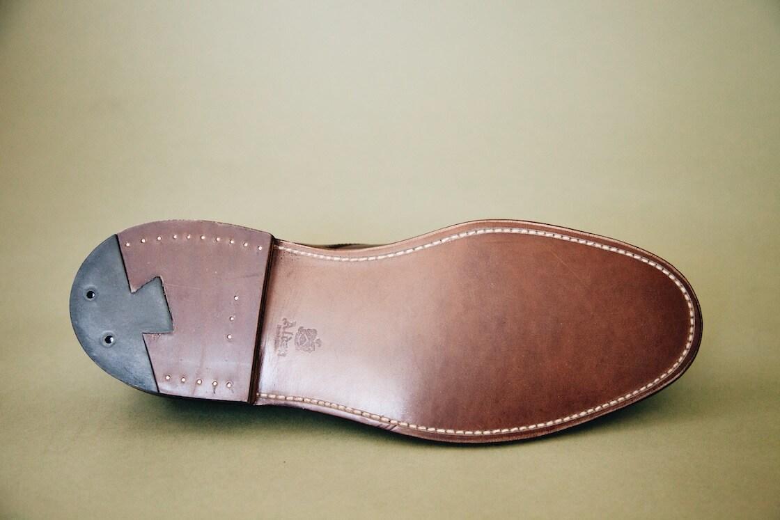 alden dress boots in dark brown calfskin - detail of sole
