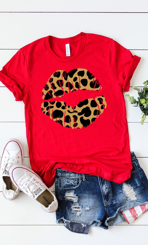 Leopard Lips Tee in Canvas Red