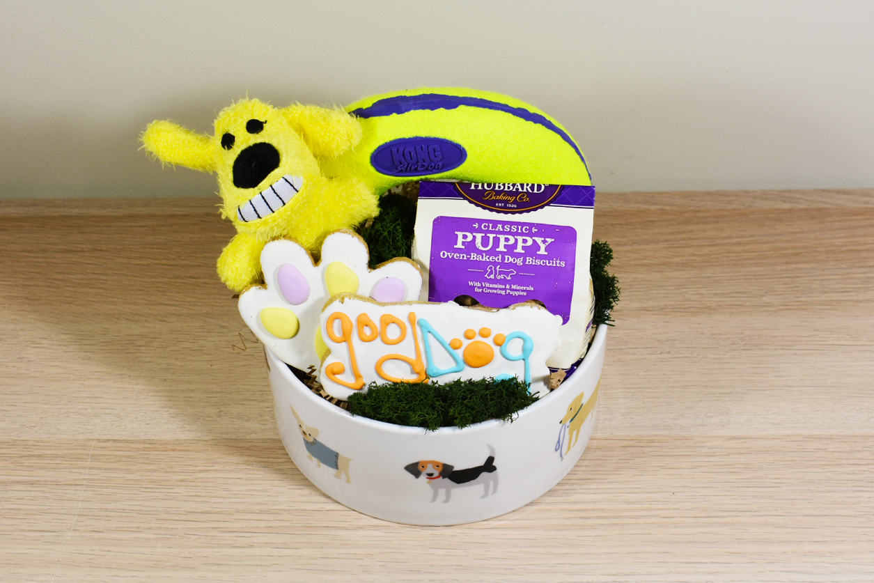 Stepping outside of the basket easter gift giving chalet nursery the most important thing to remember when giving a gift basket is to let your creativity flow and think outside the basket an easter basket is a way to negle Choice Image