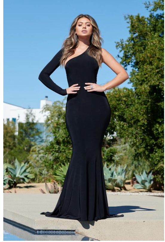 Black One Shouldered Fishtail Maxi Dress