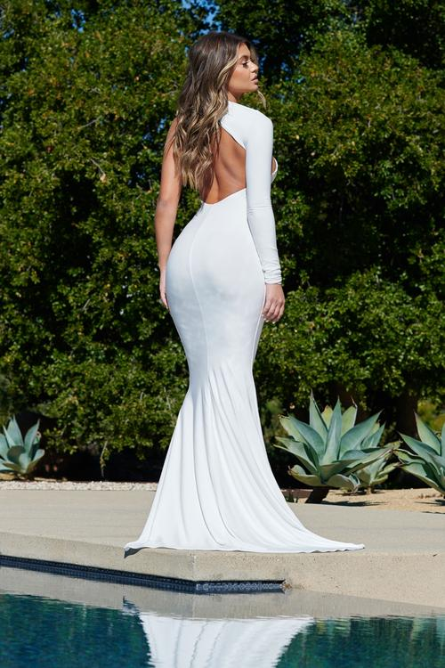 WHITE LONG SLEEVE BACKLESS FISHTAIL MAXI DRESS