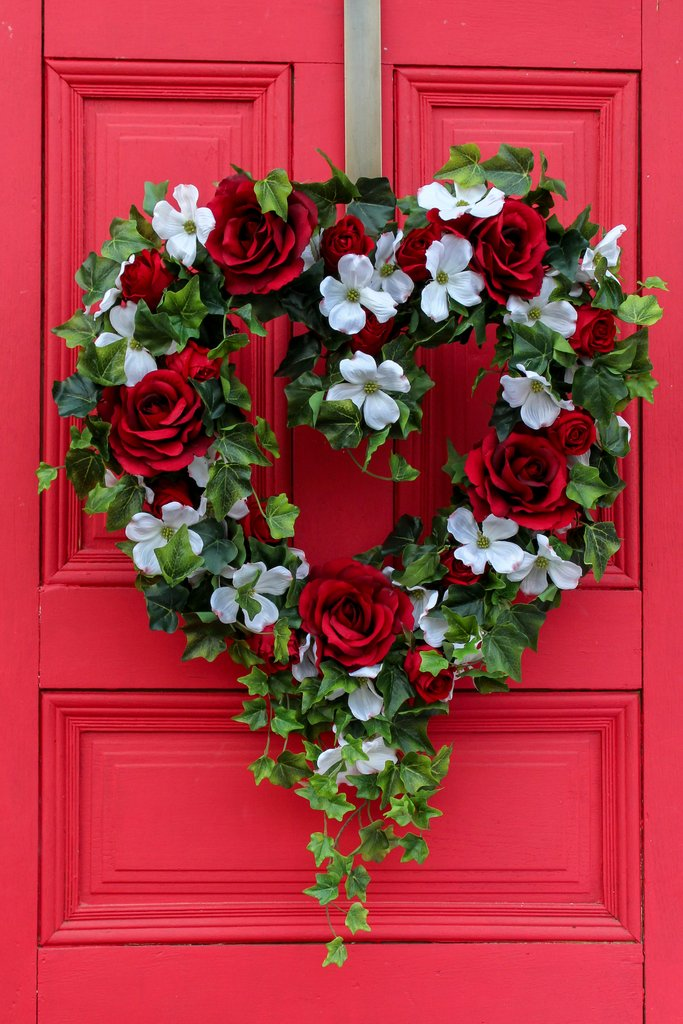 Red Rose, White Dogwood & Ivy Valentine's Heart Wreath