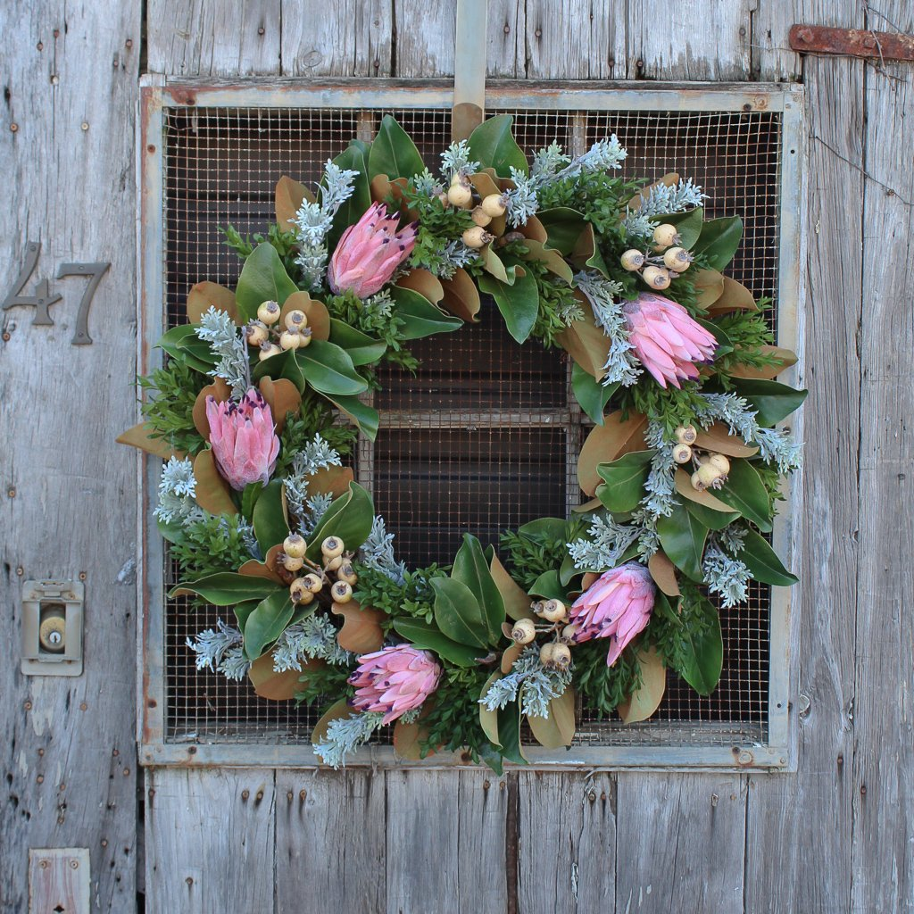 Real Touch Pink Protea, Magnolia Leaves & Rosehip Estate Holiday Christmas Wreath