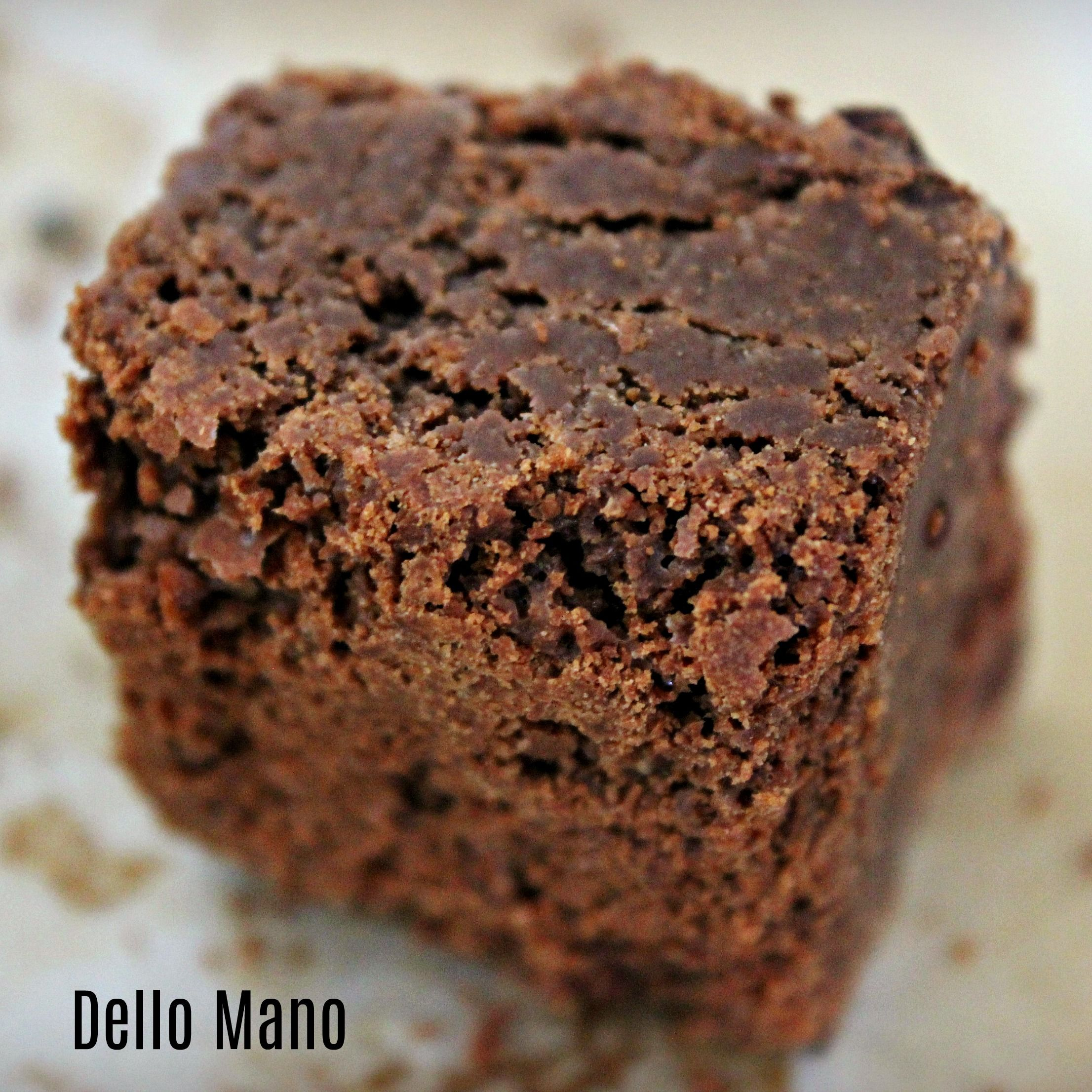Dello Mano Classic Luxury Brownie