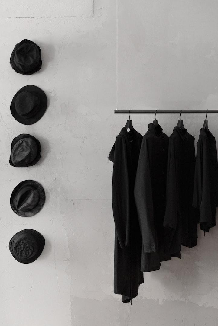 Avantgarde Mode in schwarz für Damen und Herren - Sale, Online Shop   eigensinnig wien