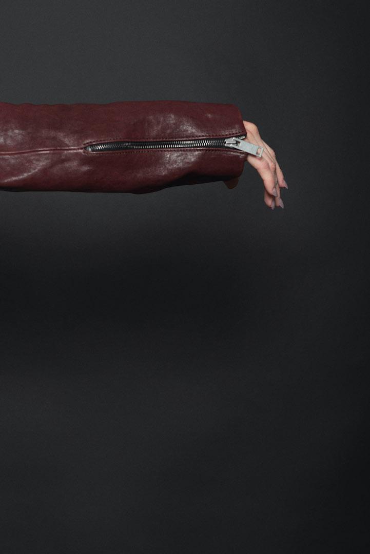Assymetrische Damen Lederjacke 'Locke' in rot | eigensinnig wien