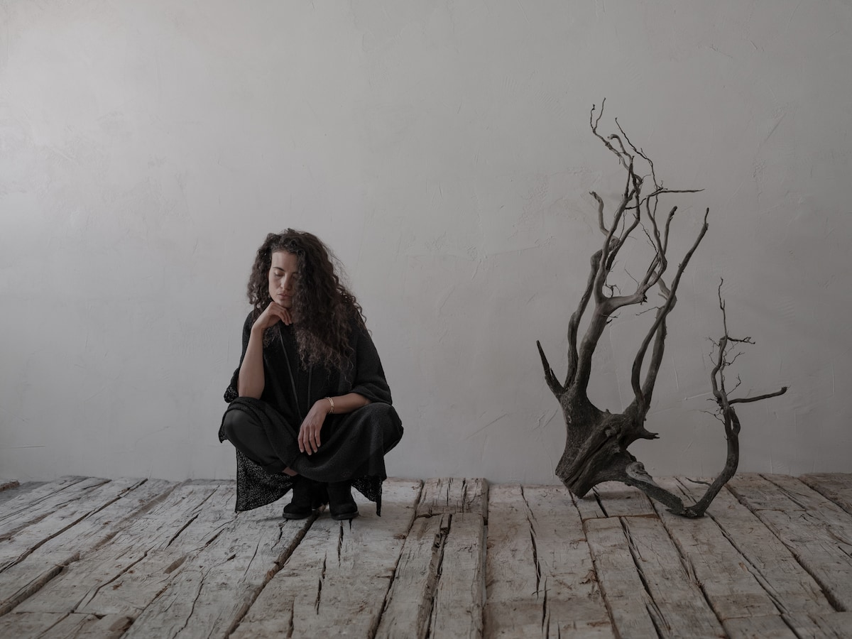 Avantgarde Mode in schwarz - Strickkleid Bassia von Daniel Andresen | eigensinnig wien