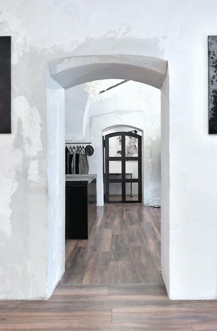Loftartiger Showroom als Theater-Bühne, Kunst-Galerie und Mode-Geschäft | eigensinnig wien