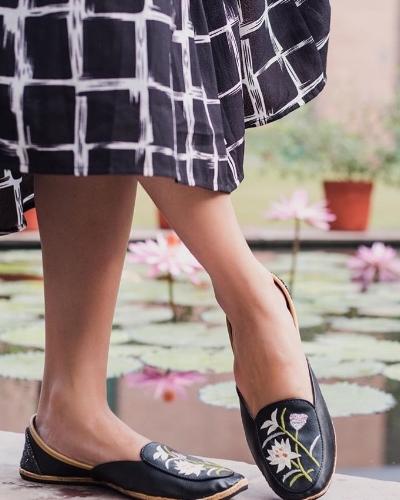 lotus loafer black
