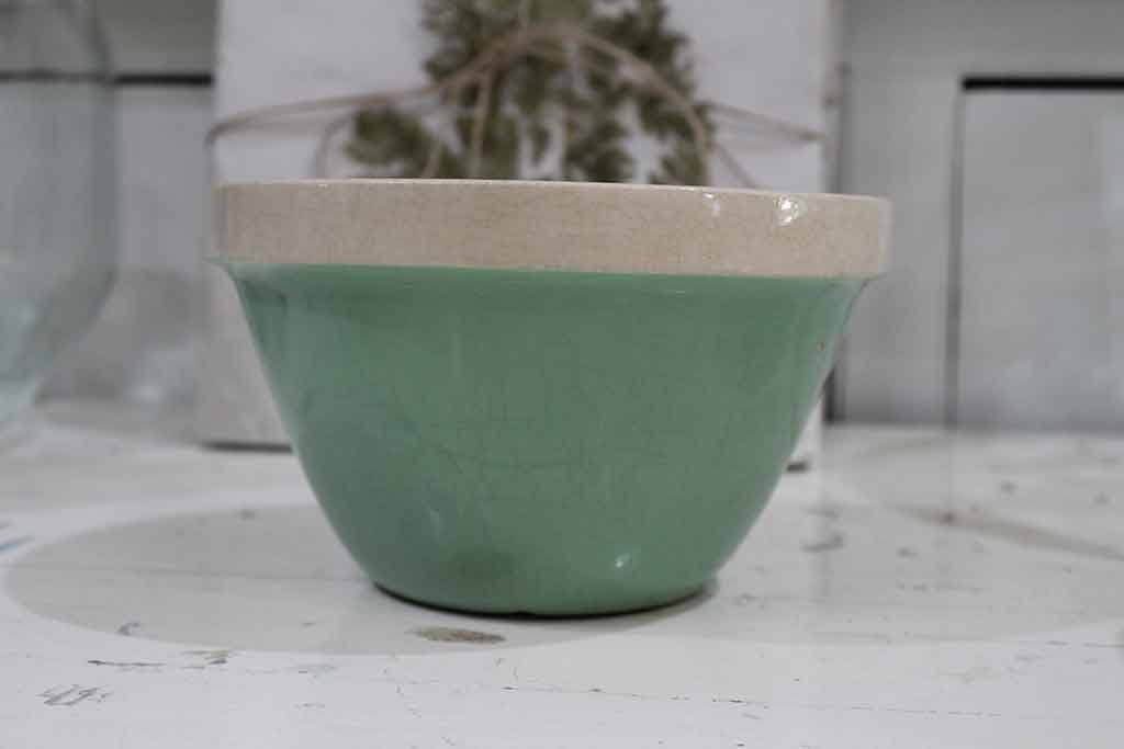 Green Pudding Bowl