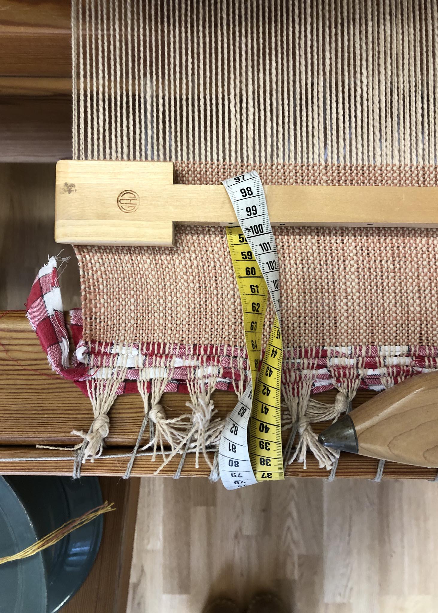 Weaving the Gosling Pillows