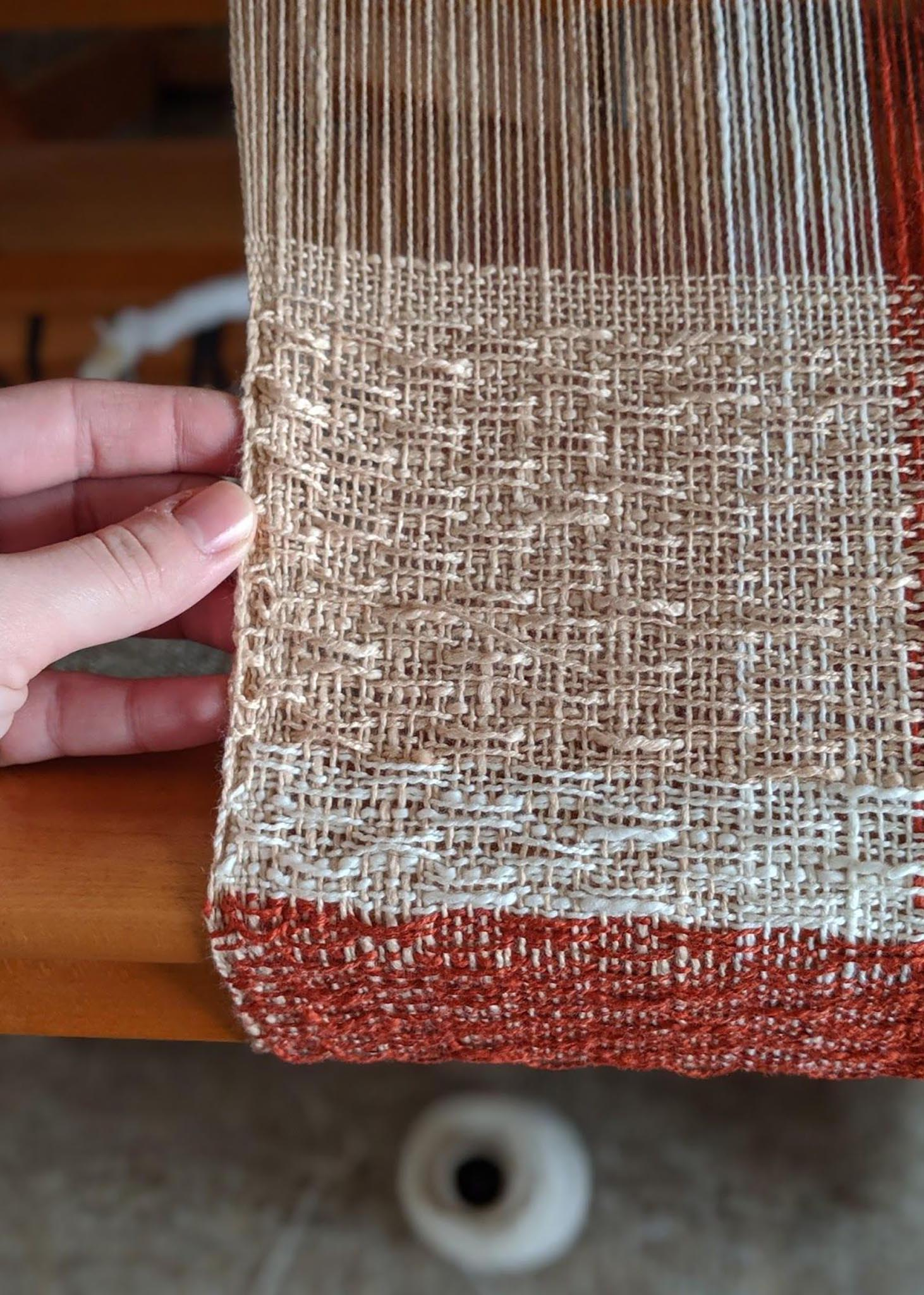 weaving the brick and mortar scarf