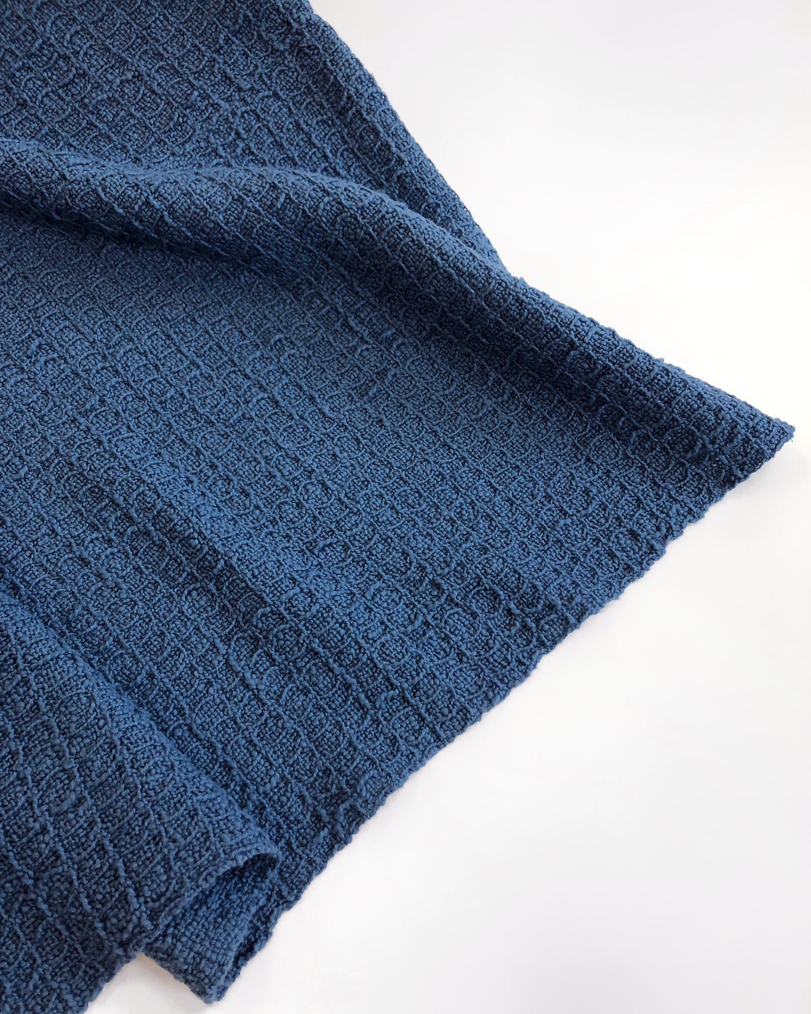 Free Pattern Waffle Weave Blanket on a Rigid Heddle Loom