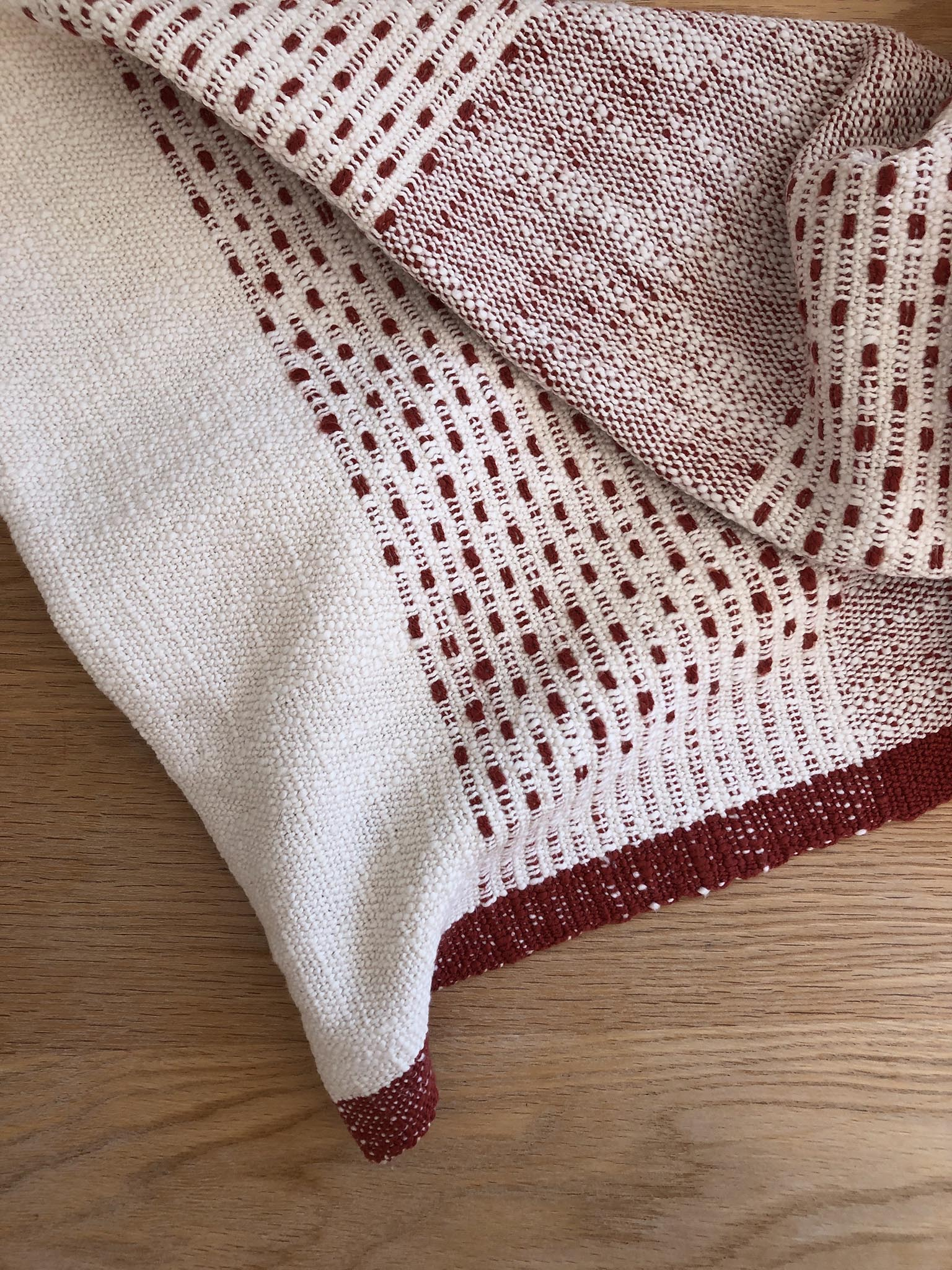 Free Weaving Pattern Droppdräll Towel by Arianna Funk