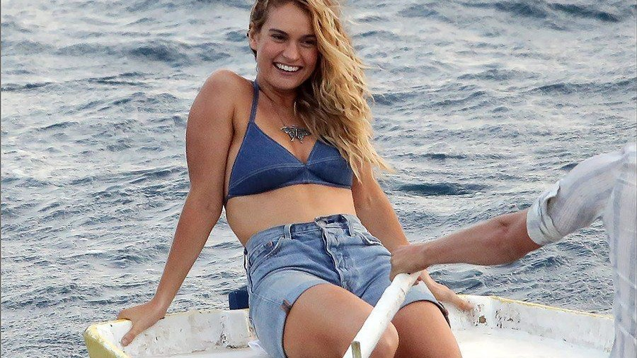 938b8df4592af8 The Denim bralette or bikini top is a darker blue than the jean shorts  Donna is wearing in this scene which is to communicate to us the viewers  that Donna ...