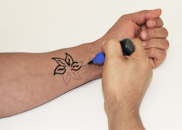 photograph regarding Printable Henna Stencils referred to as How towards Deliver a Henna Tattoo Stencil Move HennaCity