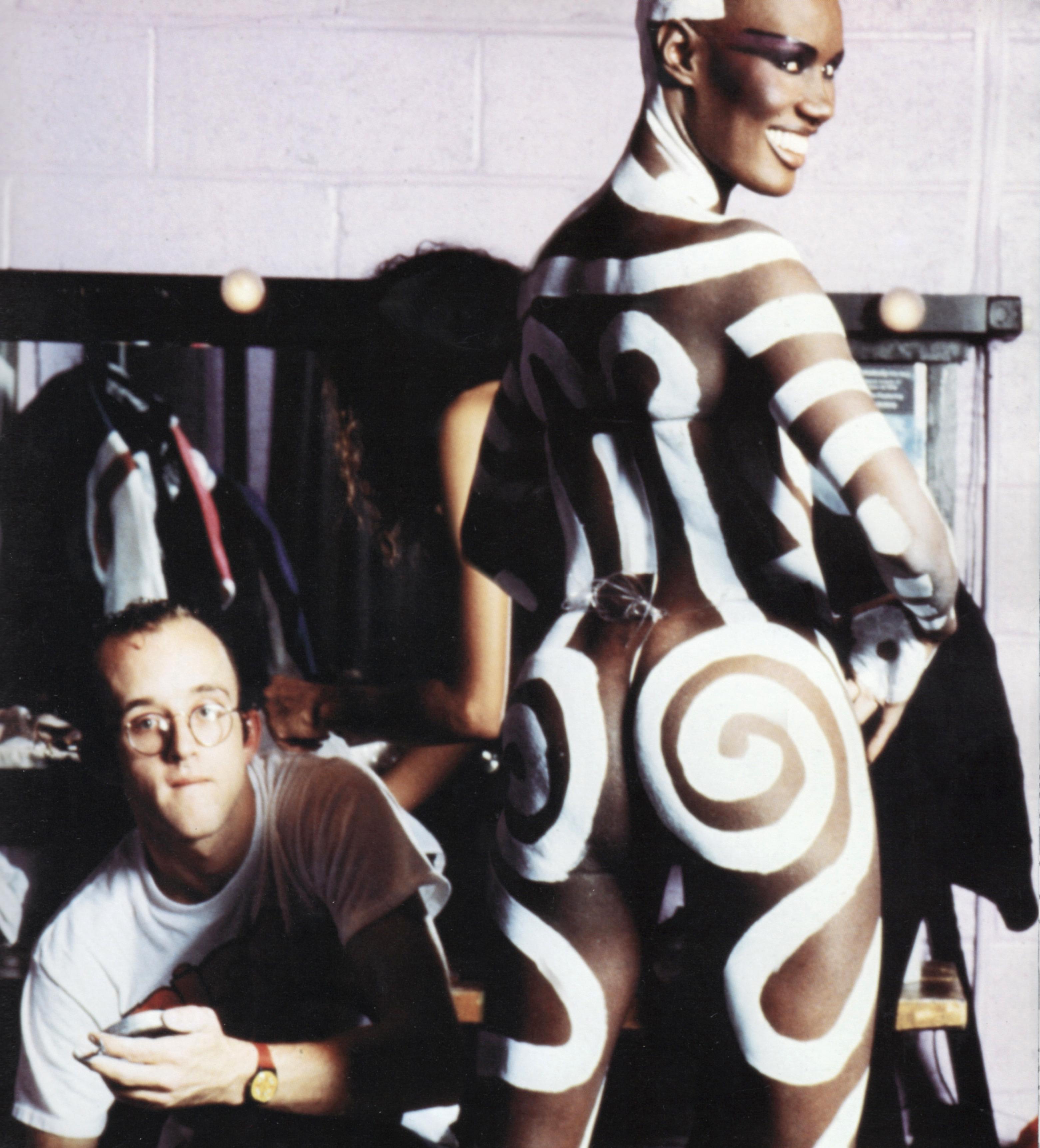 Keith Haring paints Grace Jones / Paradise Garage mid 1980's