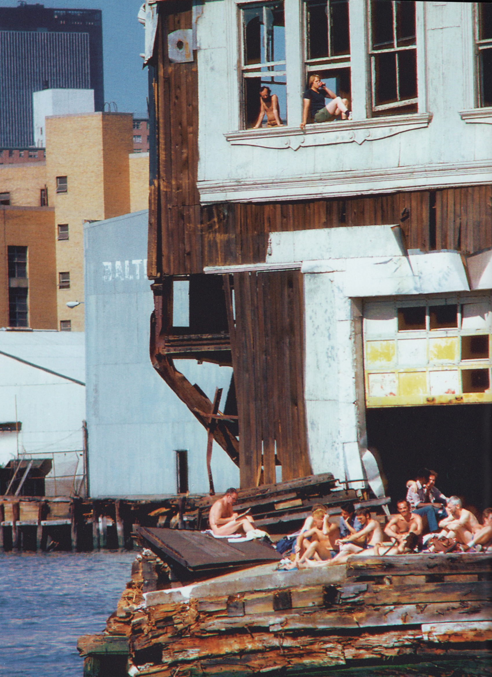 """Pier 51 """"Double Deck"""" / Shelley Seecomb 1978"""