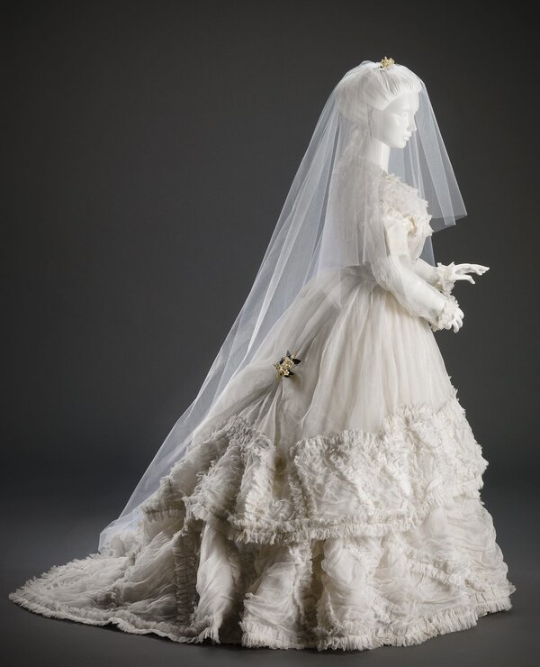 vintage wedding veil from the 1800s