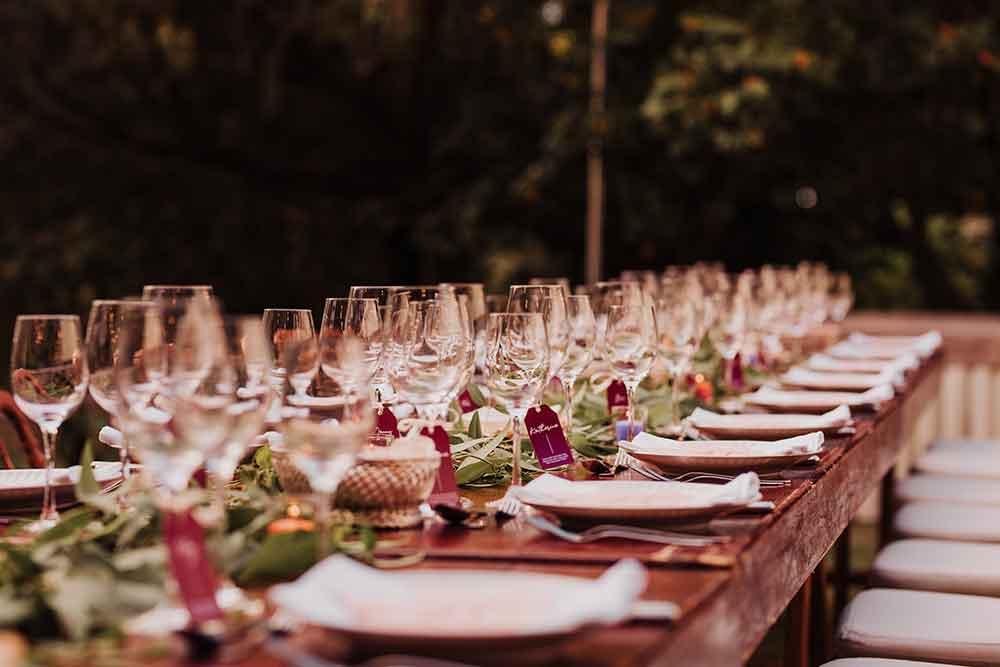 decoración de mesa de la recepción de boda