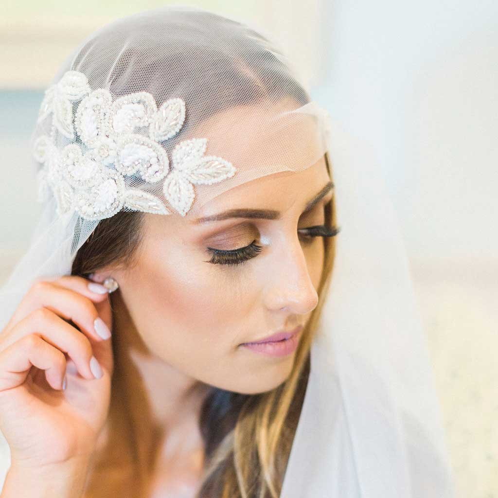 Mauve et Blush Juliet Cap Wedding Veil