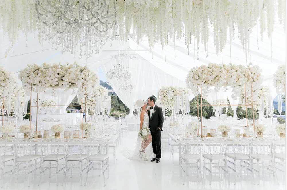 traditional white wedding theme