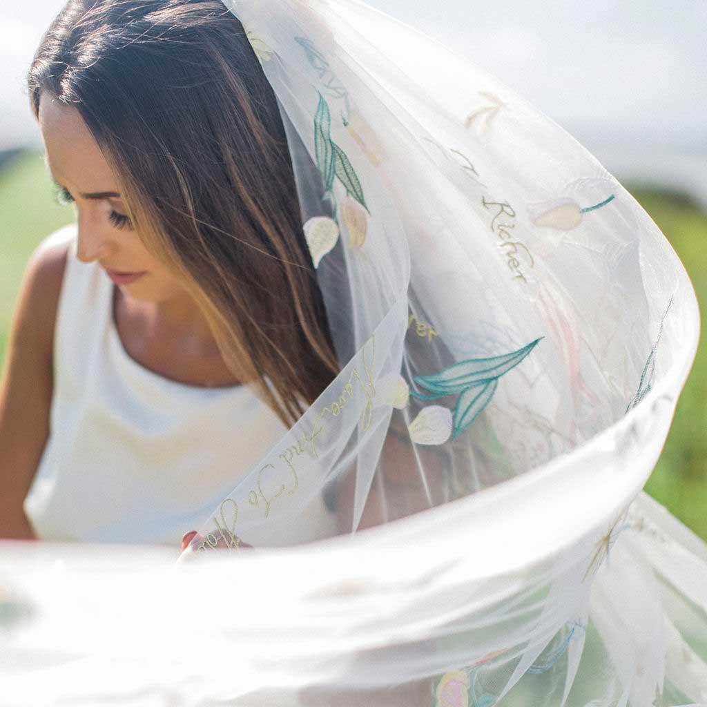 Mauve et Blush Dahlia Wedding Veil