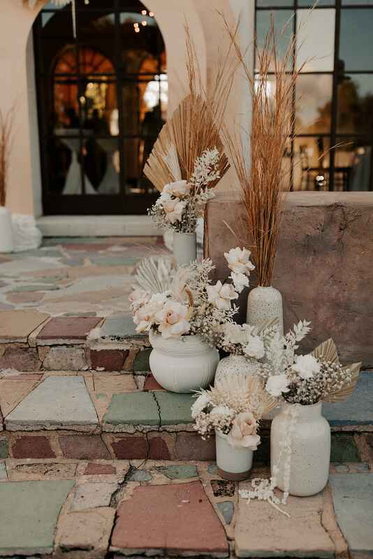 dried florals wedding decoration