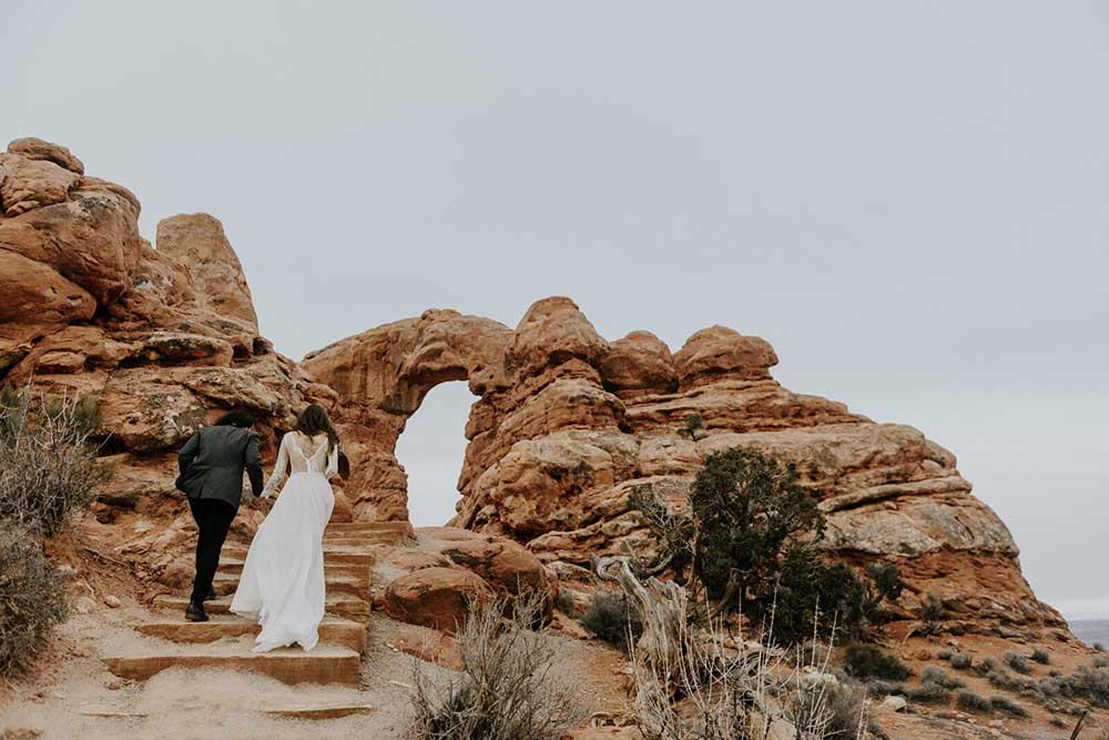bride and groom in Arches National Park for their wedding elopement