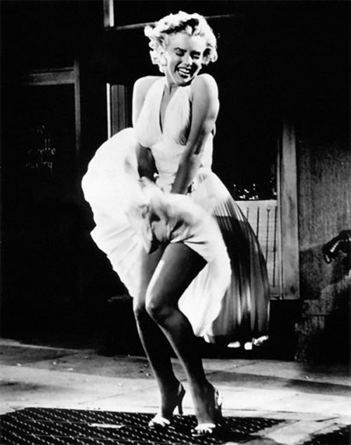 Marilyn Monroe's classic iconic white skirt blowing scene