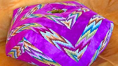 chevron patchwork pillow pattern la todera