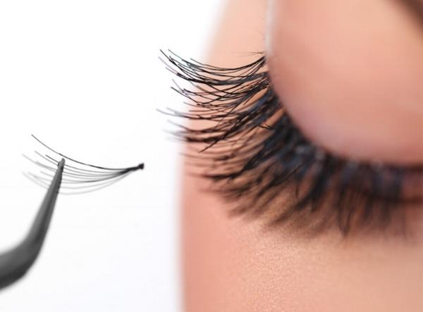 cluster-fake-eyelashes