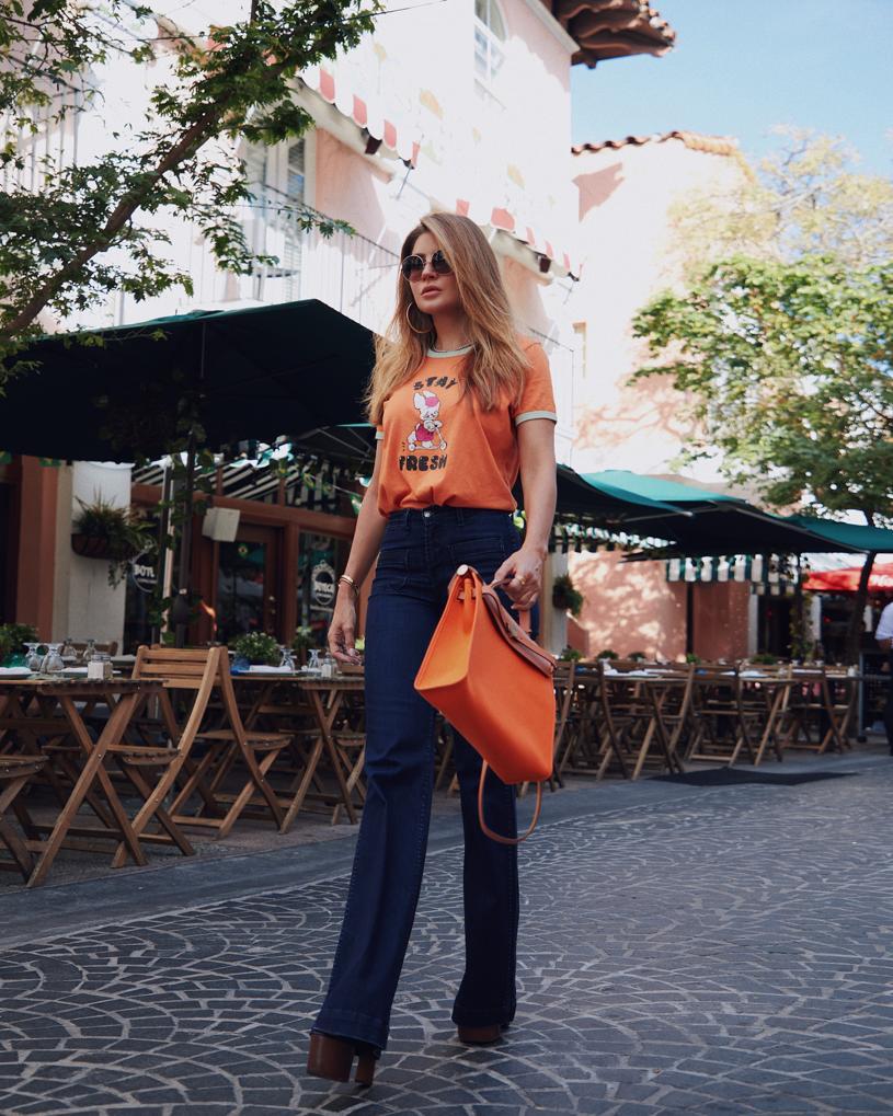 Mirela Mendoza 70's look